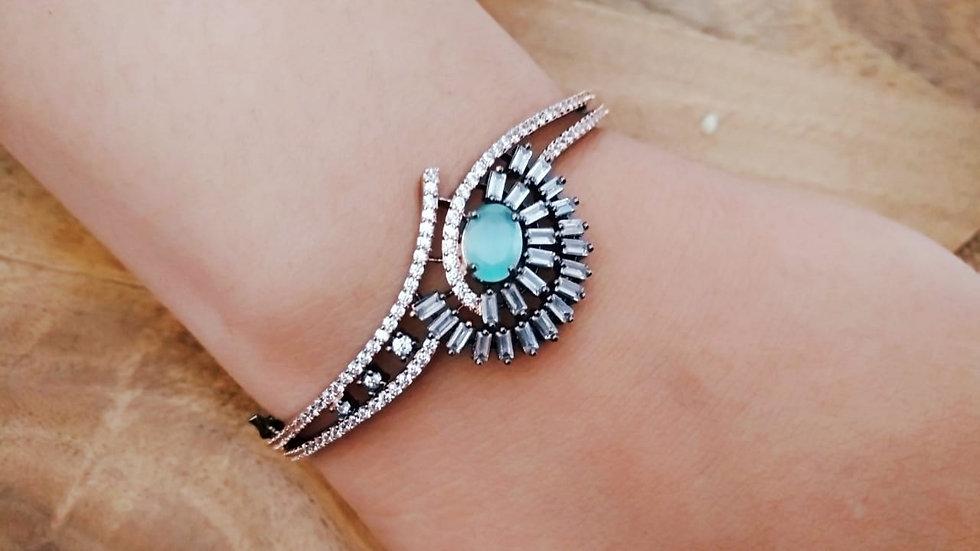 Elegant American Diamond Kada