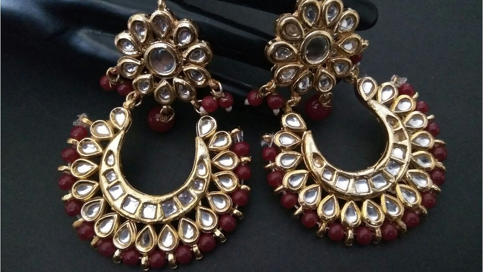 Beautiful Pair of Kundan Jhumka