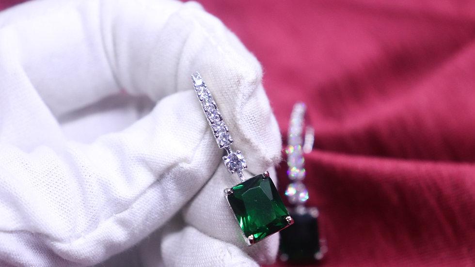 American Diamond,Cubic Zircon Dangler with warranty