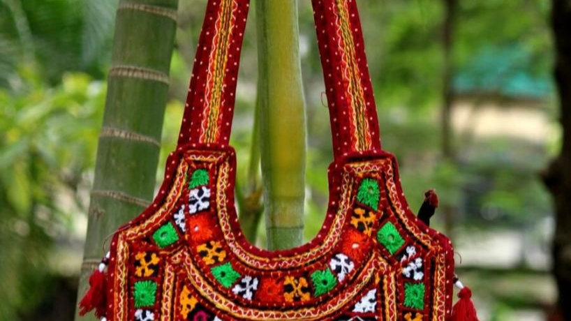 Buy this high class Original Hand-worked Bag ,original from Kutch,Gujarat