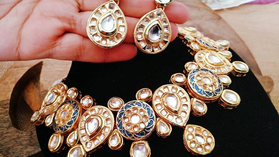 Buy this beautiful Kundan Necklace Set with Beautiful pair of earrings