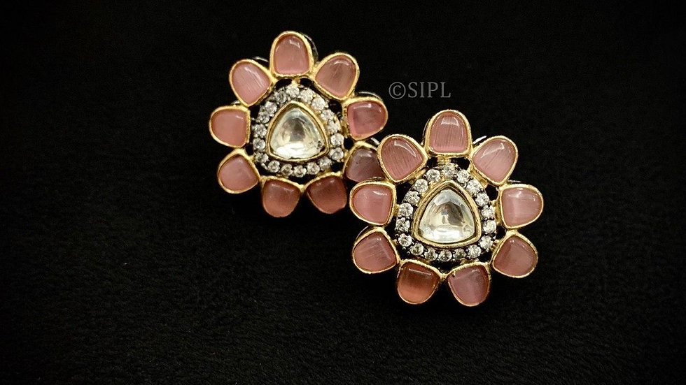 Amazing High Quality Uncut Kundan Studs-Peach colour