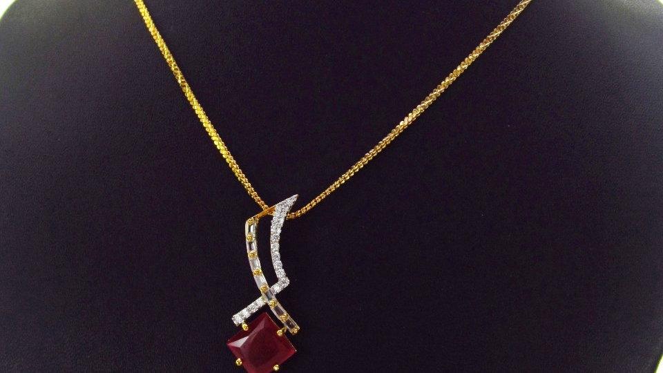 Beautiful and elegant American Diamond(cubic zircon) Pendant Set with warranty
