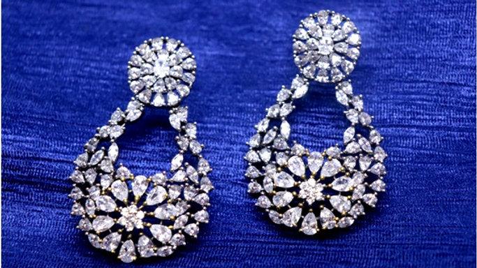 White American Diamond earring/Dangler with an year warranty