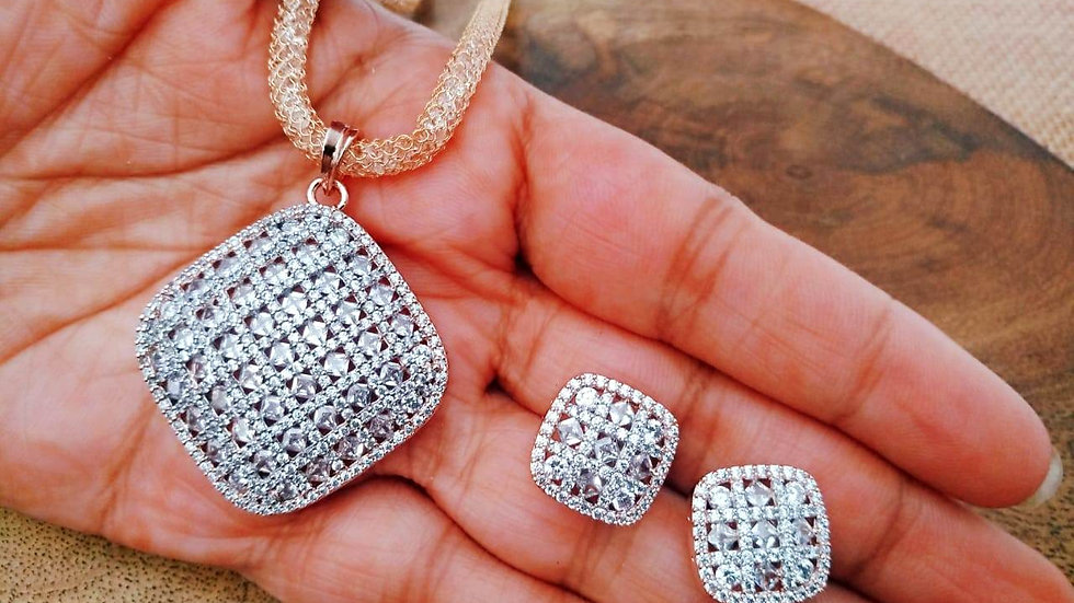 Beautiful Cubic Zircon pendant set with earrings