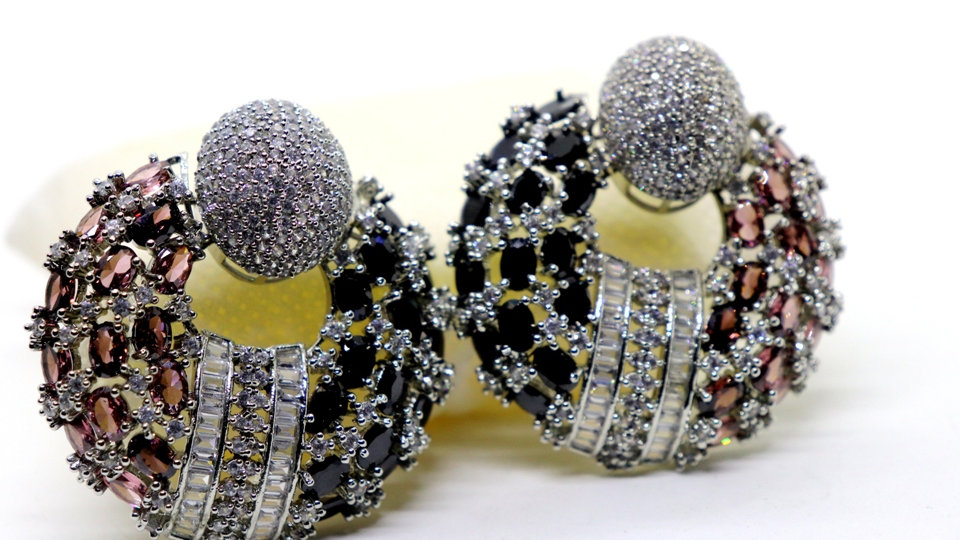 Very High quality American diamond earring with warranty