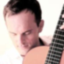Clases de guitarra flamenca en barcelona Juan Manuel Ávila