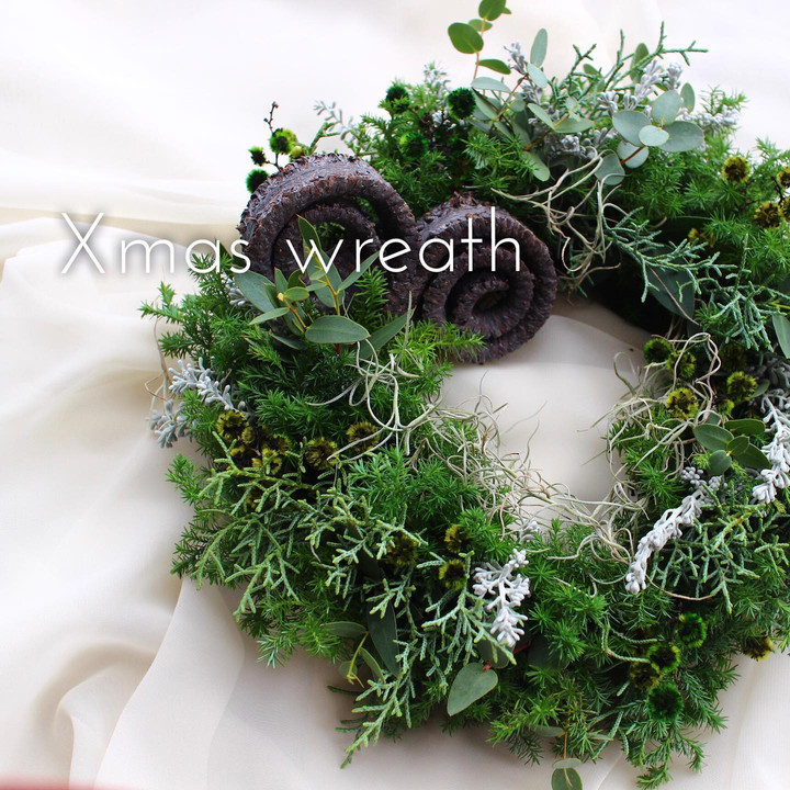 グリーンのクリスマスリース