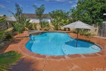 Fontana | Pool Home Dream