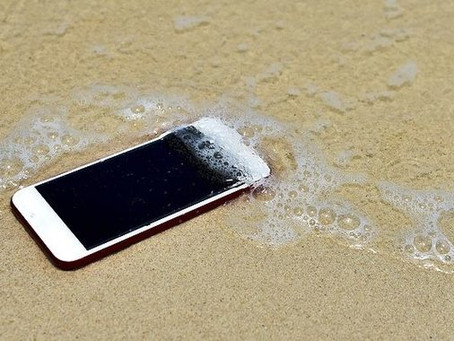 What to do if your phone gets wet?
