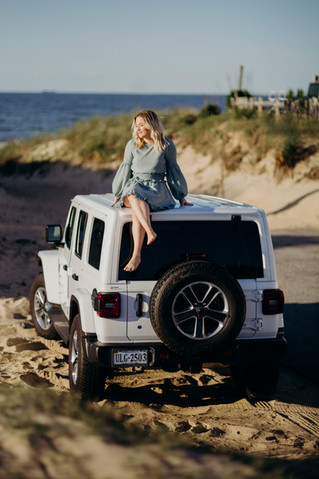 Makaila: Independent Jeep Lady