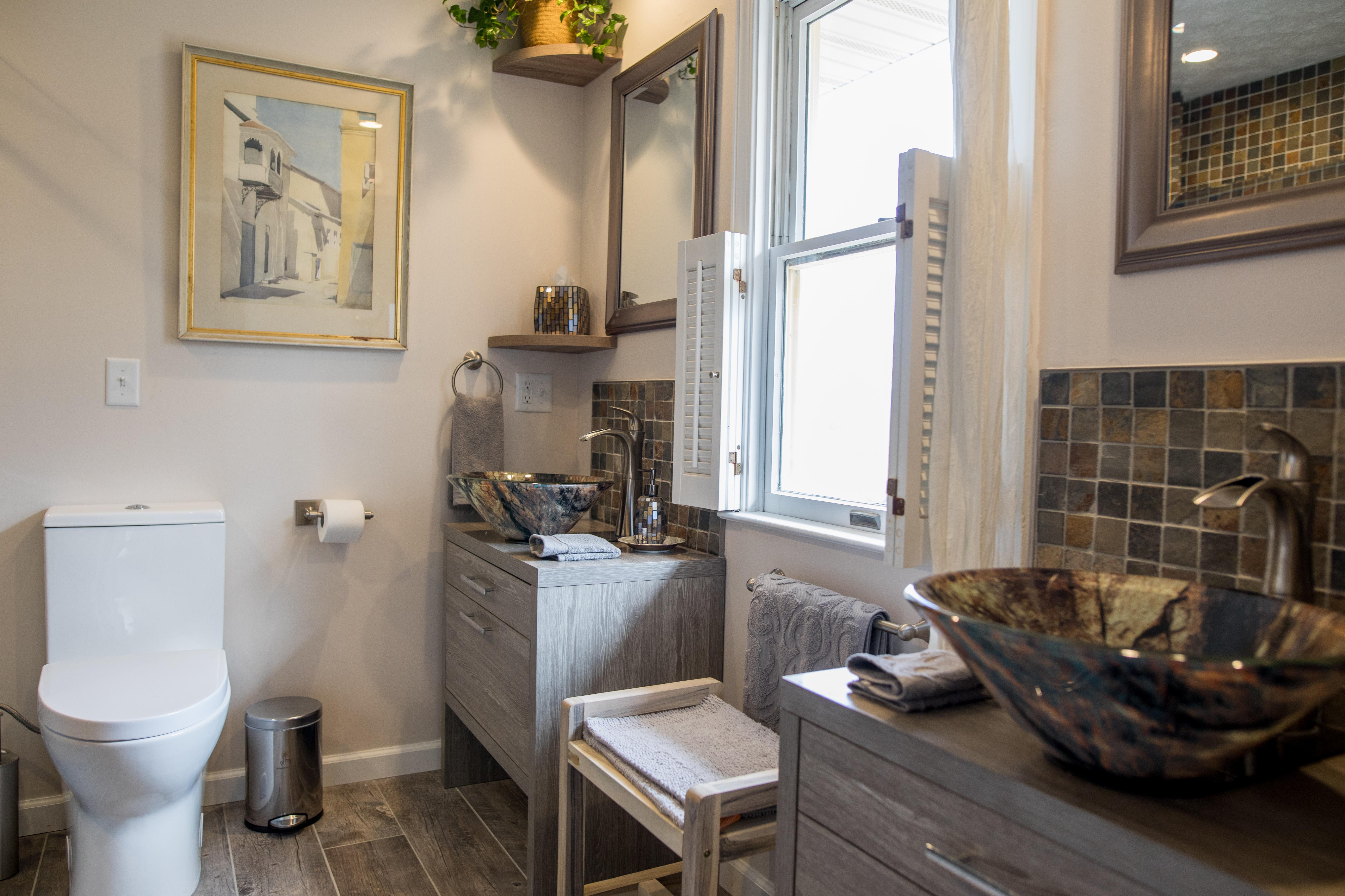 Dogwood Bathroom