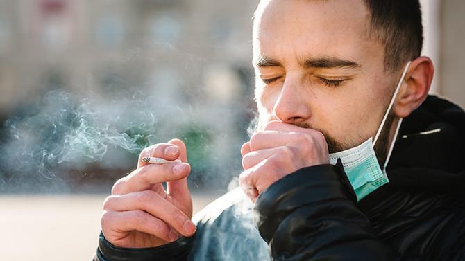 Cigarro aumenta o risco para covid-19