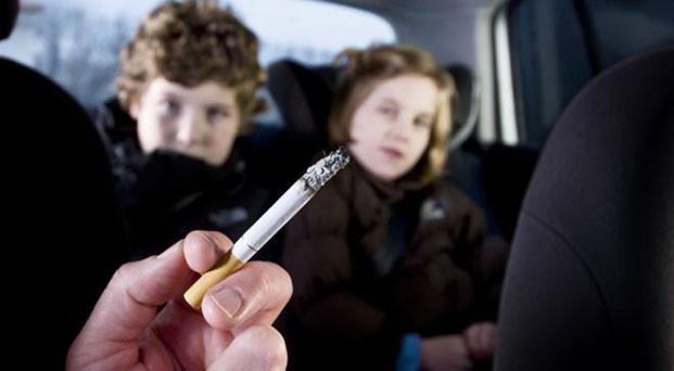 Filhos de pais fumantes aumenta a chance de terem filhos fumantes