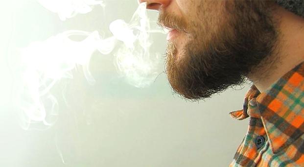 Cigarro de palha é tão prejudicial quanto o industrial