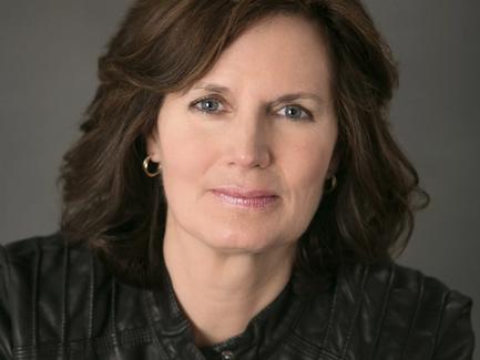 The Writing Life of Mystery Author Carole Lynn Jones, Host of Humor Contest