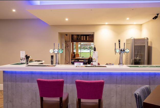 Birkdale Lounge 6.jpg
