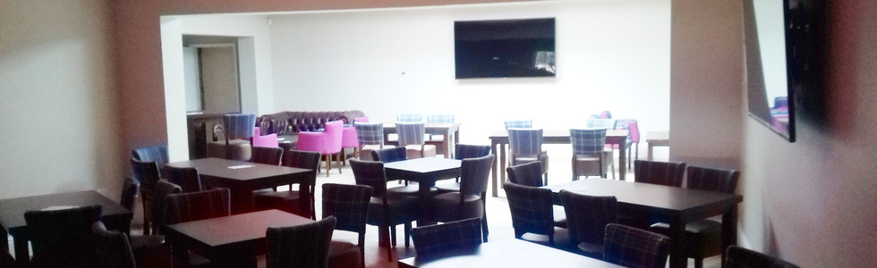 Birkdale Lounge 1_edited.jpg