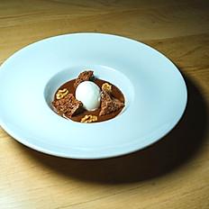 Rocas de Chocolate y Helado de Coco.