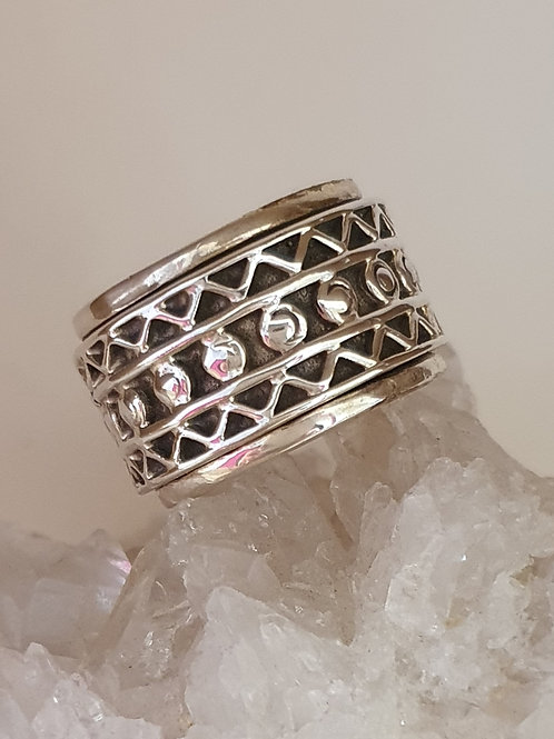 Sterling Silver Wide Pattern Spinner Ring