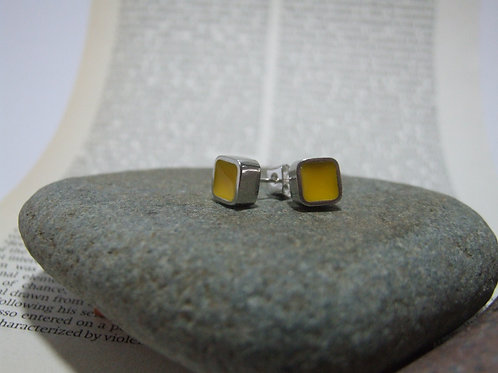 Yellow Block stud earrings by Lawrence Gibson (KOA)
