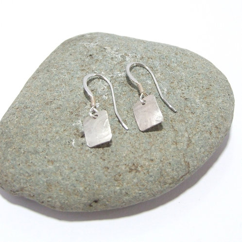 Sterling Silver drop earrings by Sue Jones (SJ975)