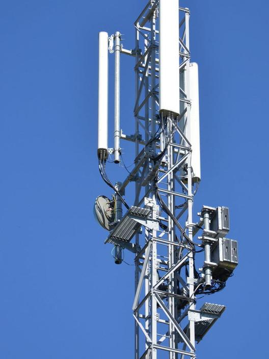 Antenne-5-G.jpg