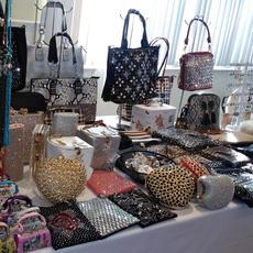 Farah's Women Accessories