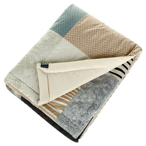 COUNTRY PATCHWORK THROW