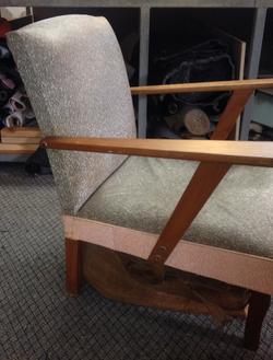 Retro Antique Gossip chair BEFORE