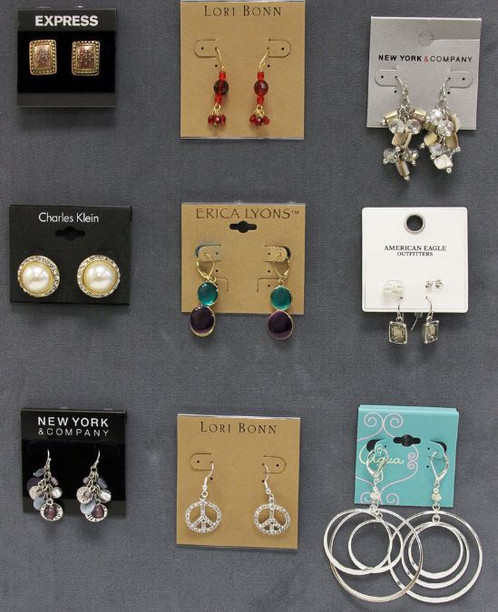 Orted Name Brand Earrings Retails Generally Range 10 20 Each Case Lot Ortment Is Randomly Pulled Based On Available Brands And Style Inventory