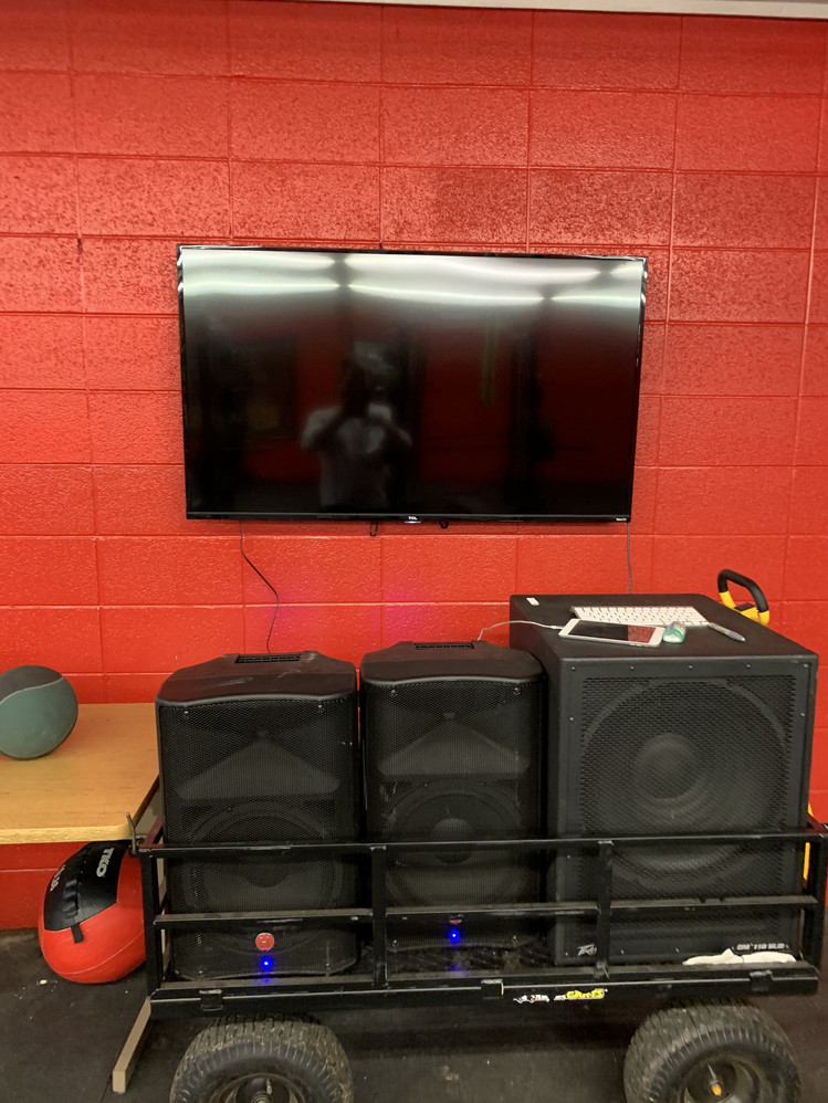 Swag Cart & Weight Room Screens