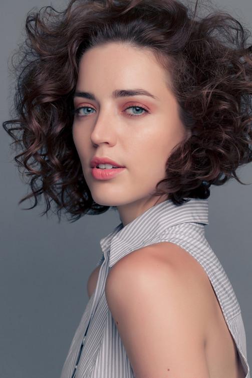 Coyly Hair