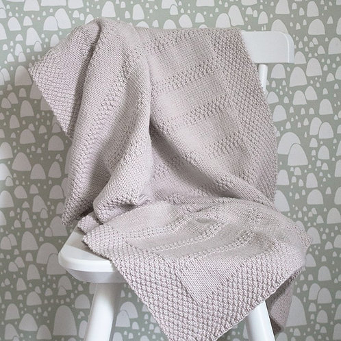 Babytæppe - strikkeopskrift