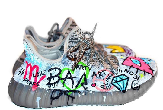 YEEZY TAG SIDE (A)