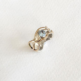Silver & 9ct gold aquamarine wave ring