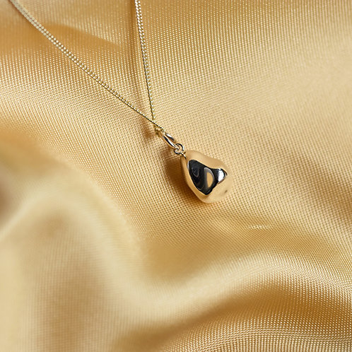 May 2021 - 9ct gold nugget pendant