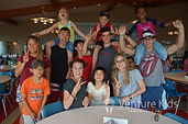 夏休み英語キャンプ_外国人と一緒に楽しく過ごす様子の写真