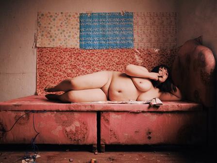 Finding Beauty Through the Decay - Xiao Guanmu