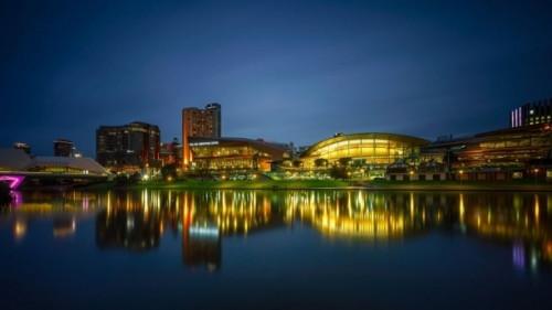 호주 5대 도시에 소재한 주요 카지노 소유주들이 현재 정부의 공식적인 수사를 받고 있다고 영국 BBC 방송이 8일 보도했다.