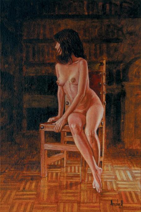 Desnudo en la silla
