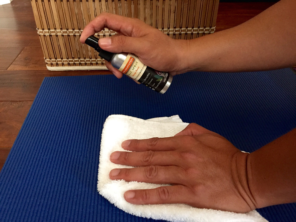 clean your yoga mat with azendea's 3-in-1 spray