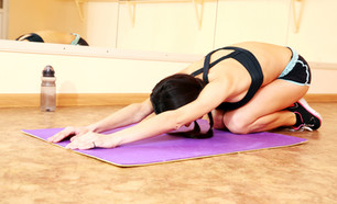 Be Well Series - Cleaning Your Yoga Mat with Azendea's 3in1 Spray