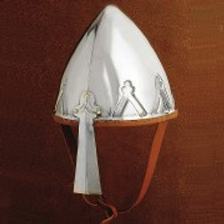 AH6736 Trefoil Helm
