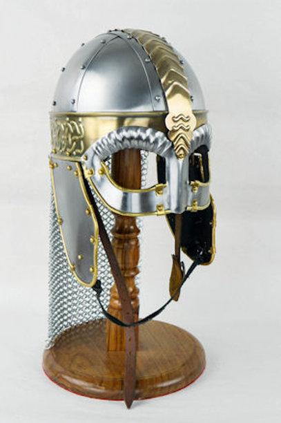 AH6770 Viking Wolf Helm