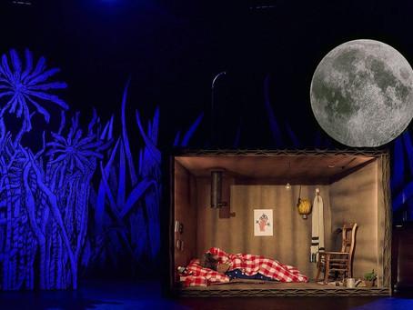 Place de l'opera: Lied voor de maan online in première