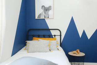Décoration chambre enfant bleu.