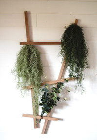 Structure végétale en tasseaux de chêne