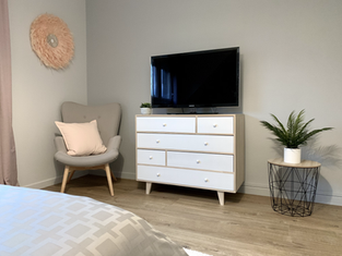 Commode dans une chambre cocooning