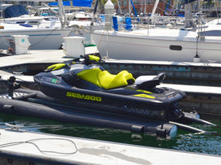 Carafino Dry Hull Jet Ski Drive On Float